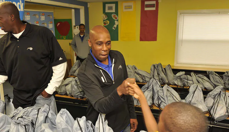 Orlando Magic Supports Blessings in a Backpack
